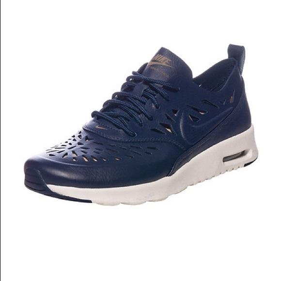Nike Air Max Thea Joli Sneaker
